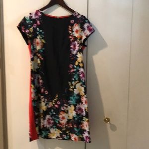 Cap sleeve dress with flowers
